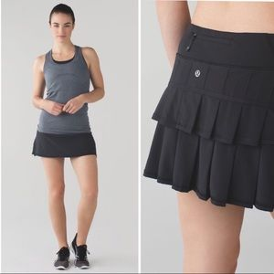 Lululemon black pace setter running skirt TALL